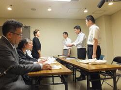 DSCF3534大阪市に要望書を提出.JPG